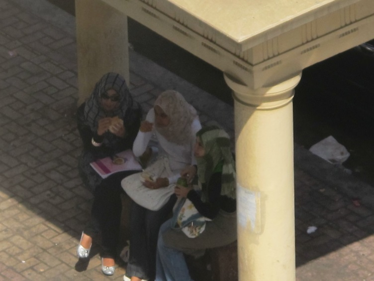 Locals lunching in Alexandria